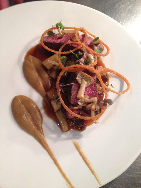 grass fed beef fillet with smoked onion puree bone marrow and thyme jus